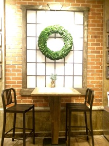 The decor! It's like Joanna Gaines from Fixer Upper came to decorate herself!
